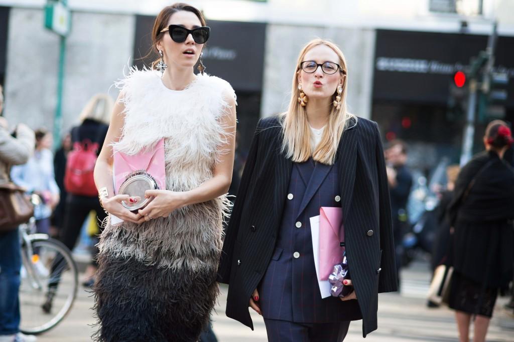 fabulous muses_alina tanasa_diana enciu_milan fashion week 2016_andreea bogdan (2)