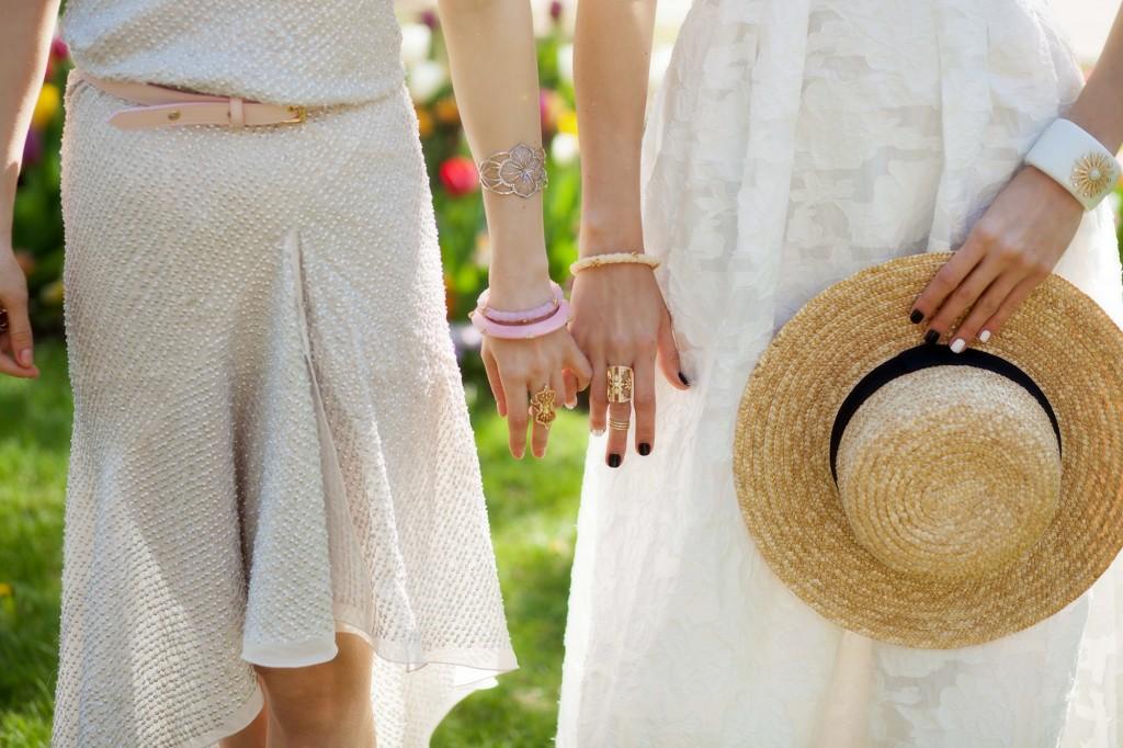 miriam salat jewelry_fabulous muses_alina tanasa_diana enciu_white dress_summer maxi dress (9)