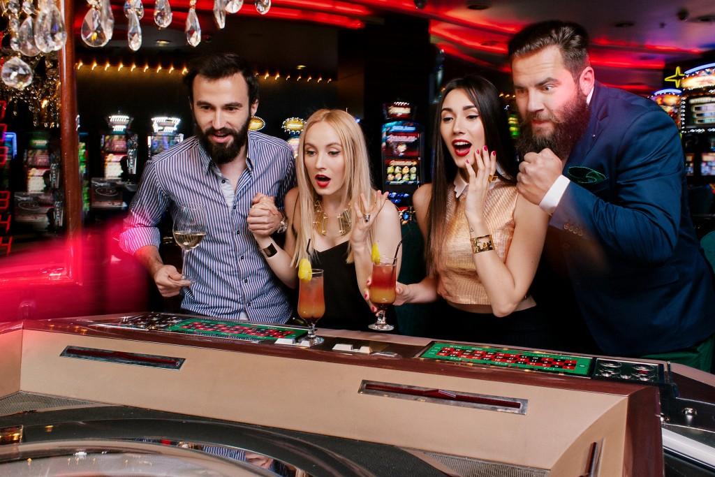 casino_las vegas_casino bucuresti_fabulous muses_diana enciu_alina tanasa_fashion blog (7)