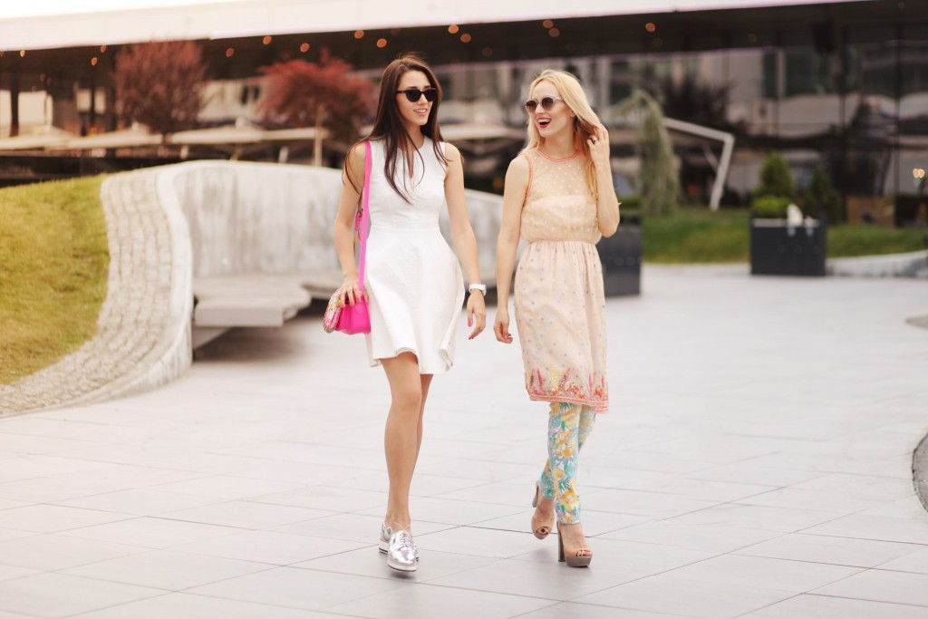 fabulous muses_summer outfits_how to dress on holiday_promenada mall_sales_alina tanasa_dianaenciu (4)