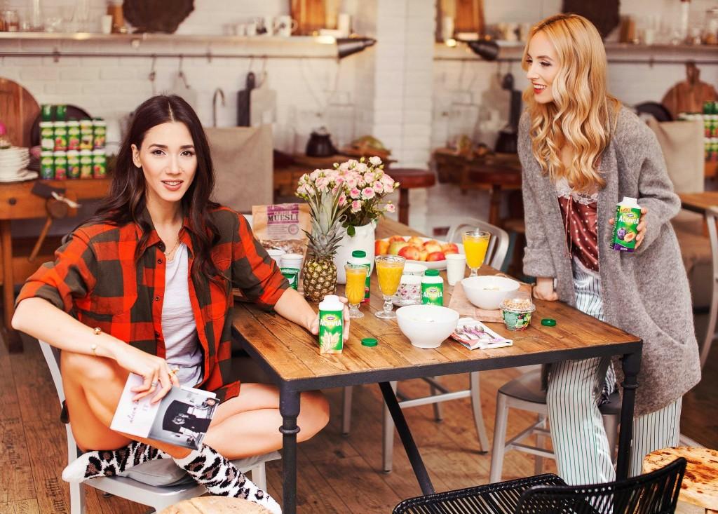 14Fabulous Muses - Activia - Enciu Diana - Alina Tanasa- Best Fashion Blog-Atelier-Anda-Roman-Mic dejun- Fabulous Breakfast