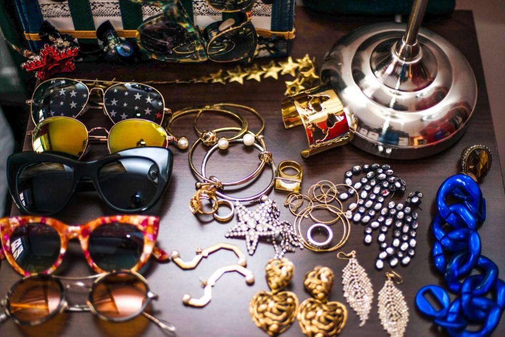 11fabulous muses_milan fashion week coveteur_fashion week wardrobe_diana enciu_alina tanasa