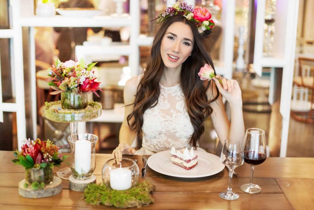 3Fabulous Muses- Fabuloasele-Wedding dresses- Floraria mobila-chefs-buchet mireasa