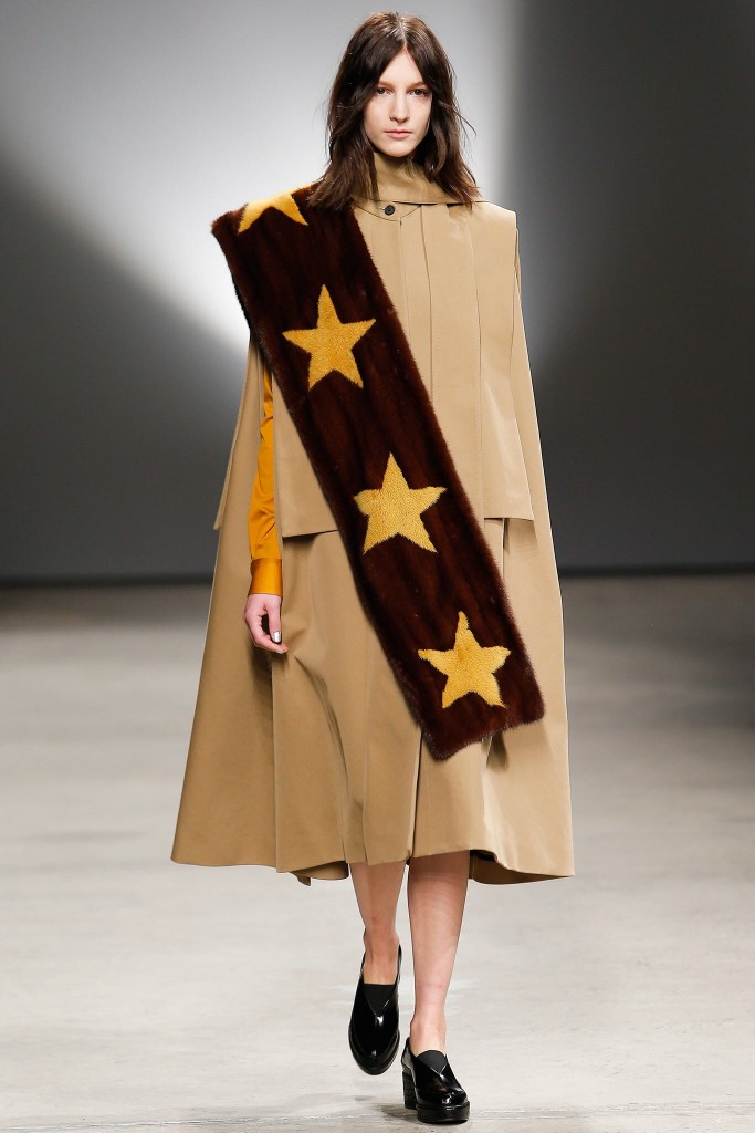 Jason-Wu-Fall-2015-camel-coat-best-winter-trend-fabulous-muses