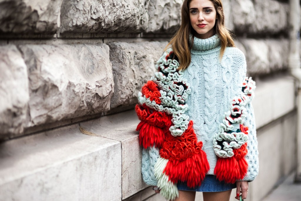 ShotByGio-George-Angelis-Chiara-Ferragni-Paris-Fashion-Week-Fall-Winter-2015-2016-Street-Style-chunky-knits-sweater-trend-best-knits-