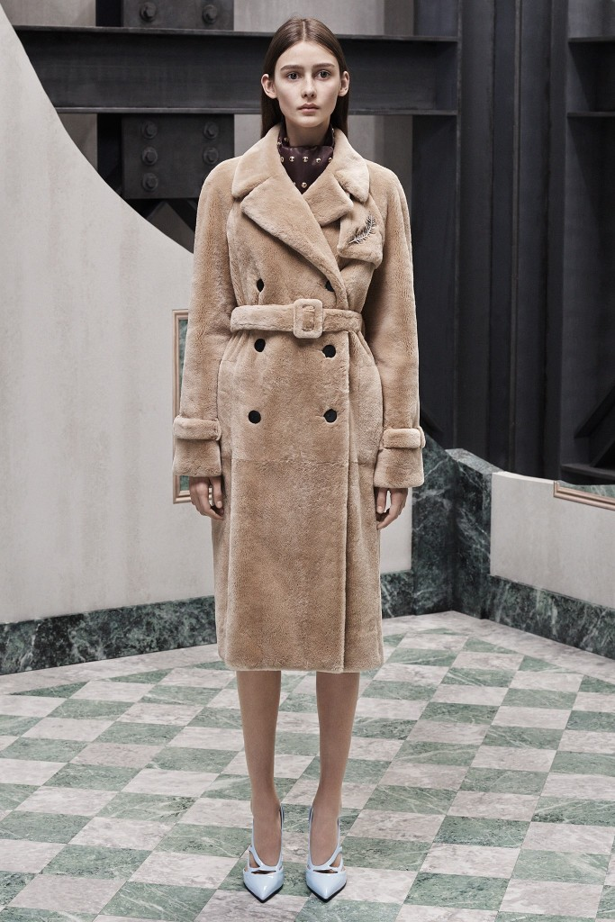 camel coat trend- fall winter 2015 2016 trends - fur coat - best winter trends - fabulous muses