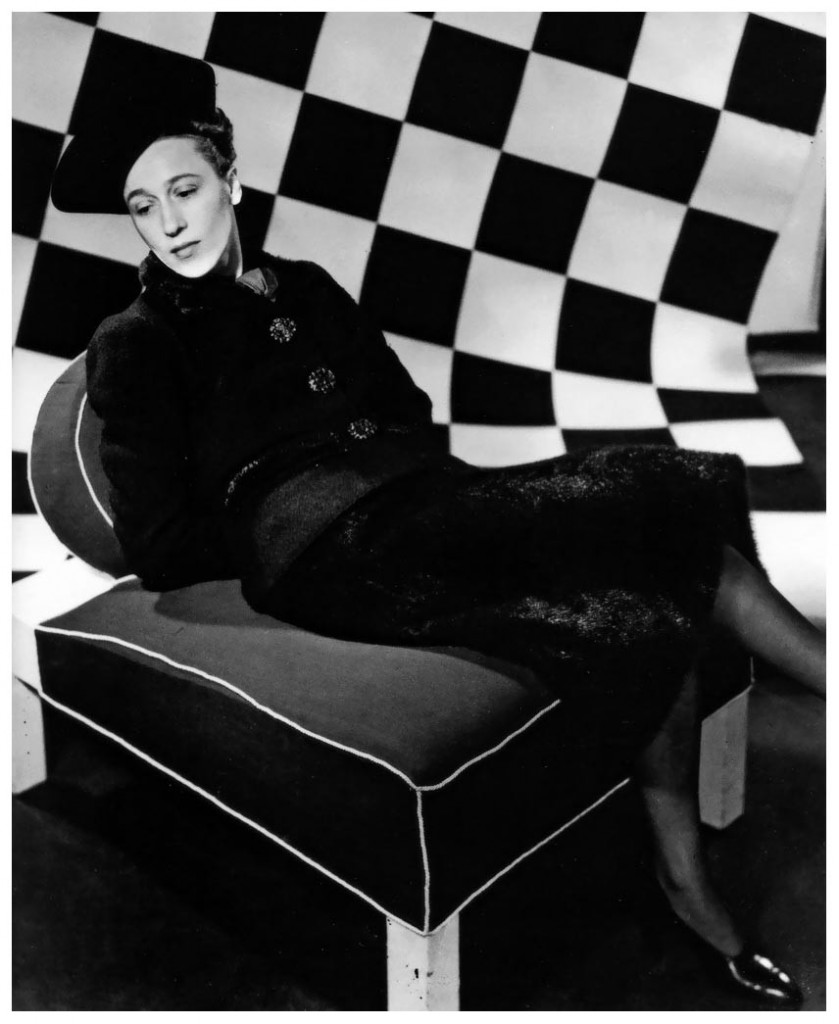 elsa-schiaparelli-wearing-her-own-design-photo-by-willy-maywald-1936- fabulous-muses-diana-enciu-alina-tanasa-fabuloasele