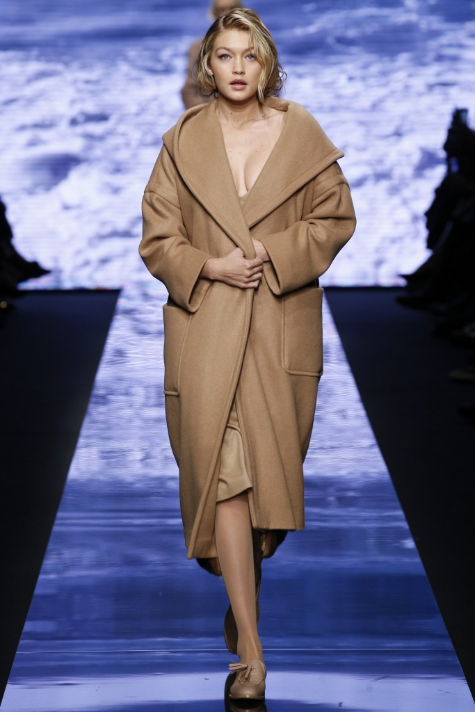 max-mara-camel-coat-fall-winter-2015-2016-best-winter-trend