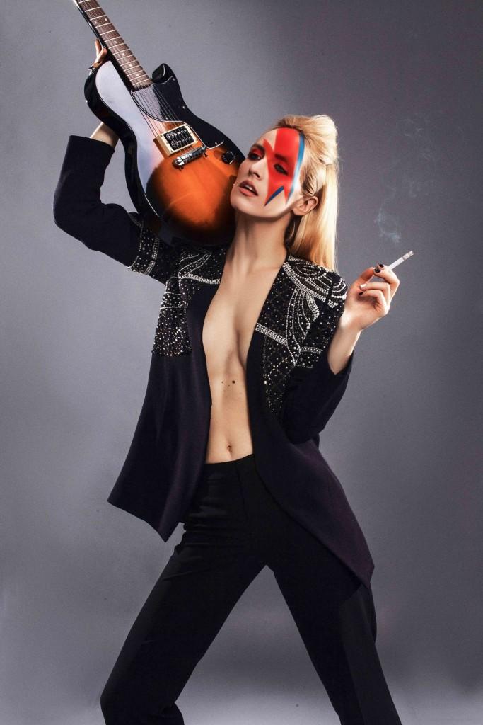 3david-bowie-tribute-fabulous-muses-diana-enciu-alina-tanasa-fashion-editorial