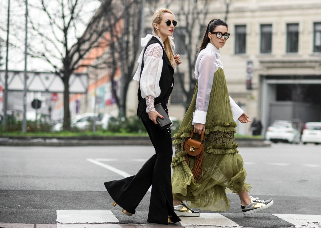Fabulous_Muses_Alina_Tanasa_Diana_Enciu_Milan_Fashion_Week_Streetstyle_-5