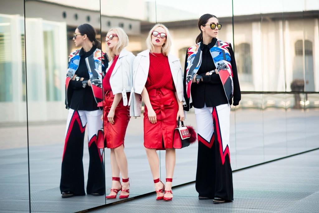 Fabulous_Muses_Alina_Tanasa_Diana_Enciu_Milan_Fashion_Week_Streetstyle_-9