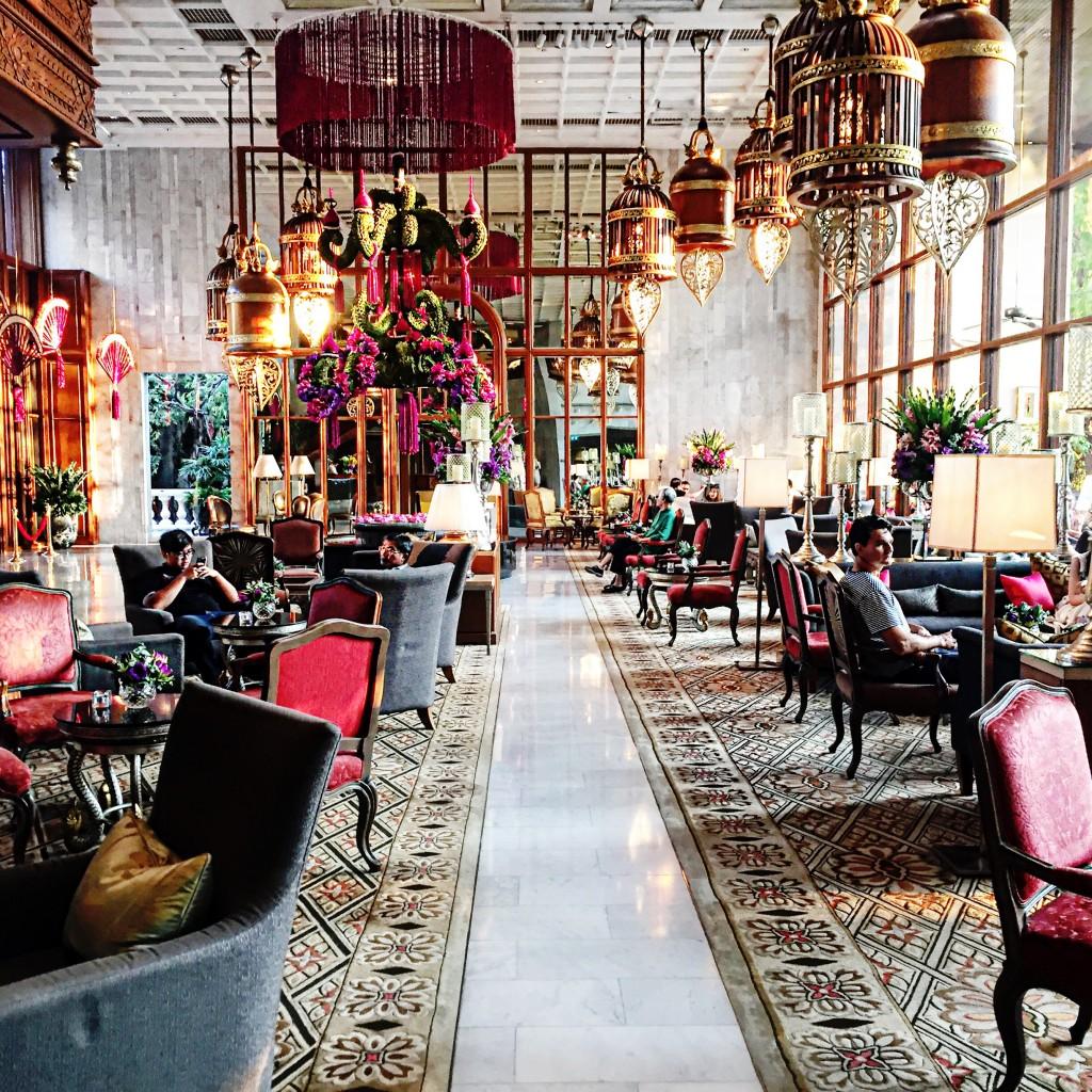 1pandora_trip_fabulous_muses_diana_enciu_alina_tanasa_visit_bangkok