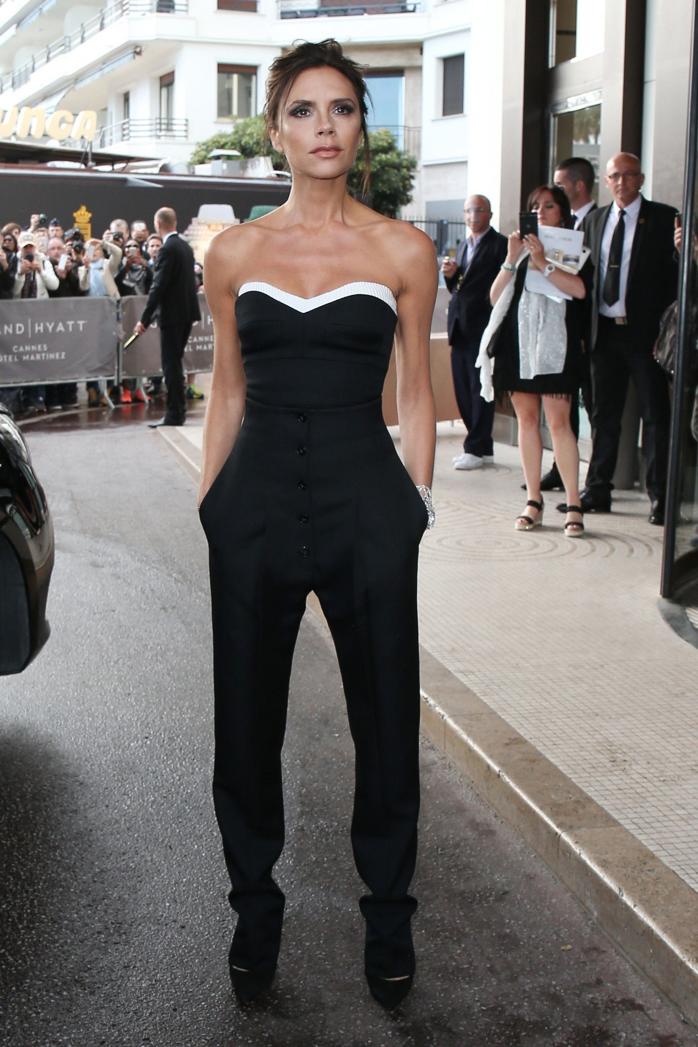 Victoria-Beckham-Jumpsuit-Cafe-Society-Premiere-Cannes-2016-best-dressed-cannes-2016