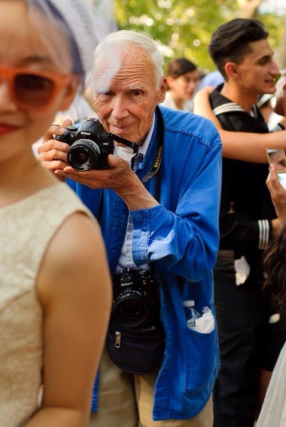 7bill_cunningham_best_streetstyle_photographer_new_york_times_fashion_fabulous_muses