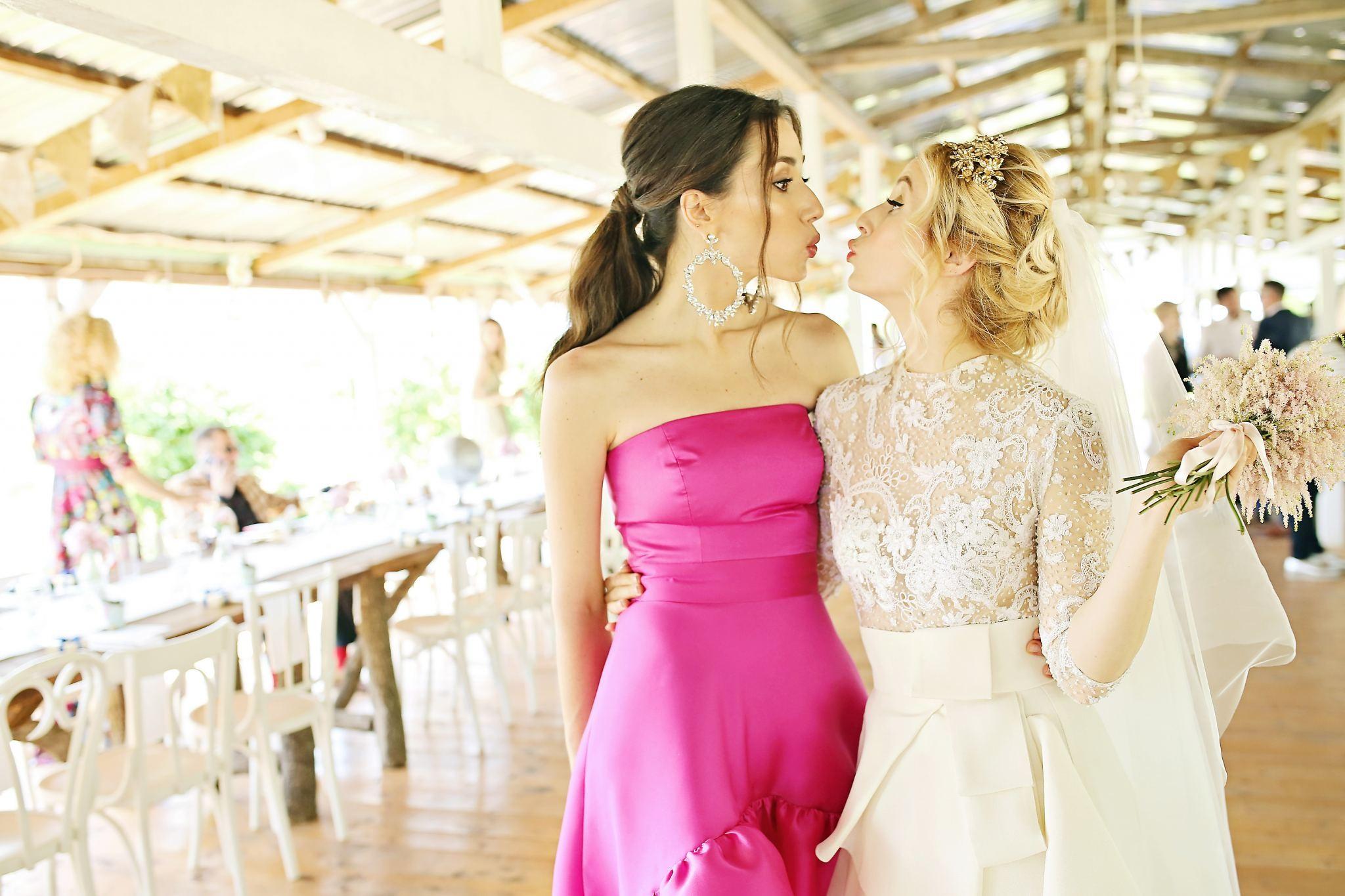 8Fabuloasasemarita_alina_tanasa_diana_enciu_fabulous_muses_blogger_wedding_famous wedding_nunta2016