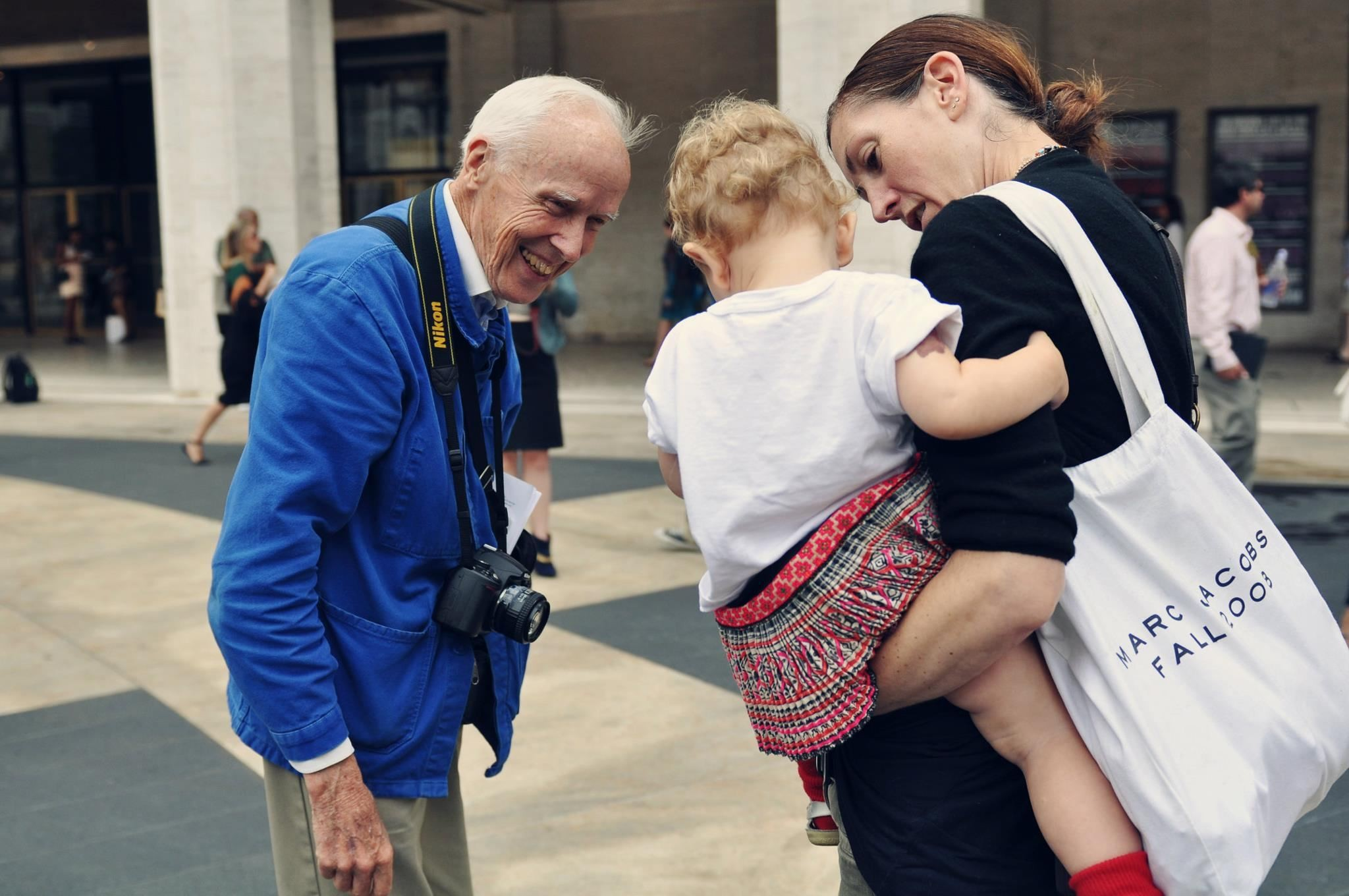 9bill_cunningham_best_streetstyle_photographer_new_york_times_fashion_fabulous_muses