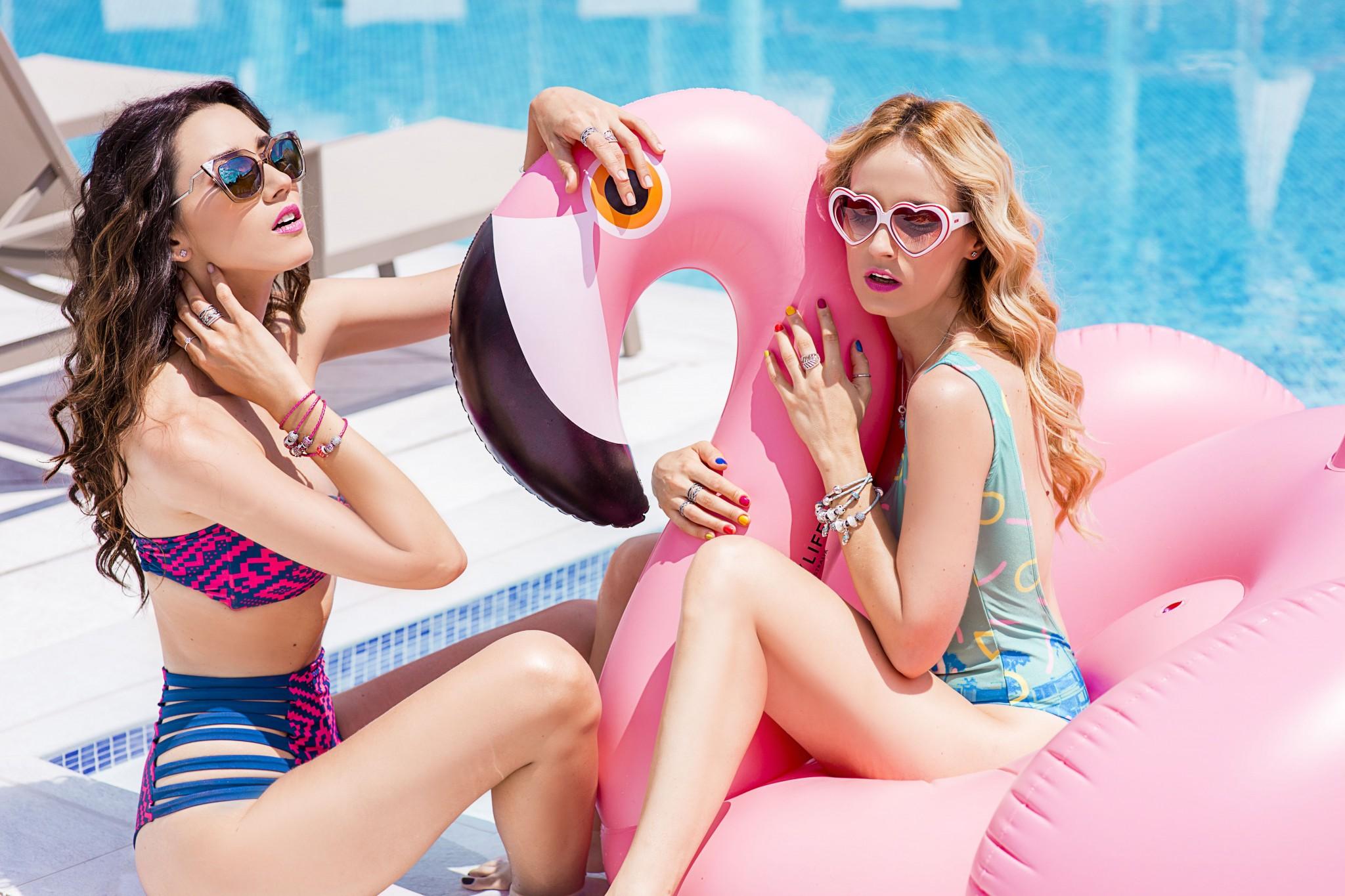 3fabulous_muses_pandora_summer2016_collection_youniverse_piscina