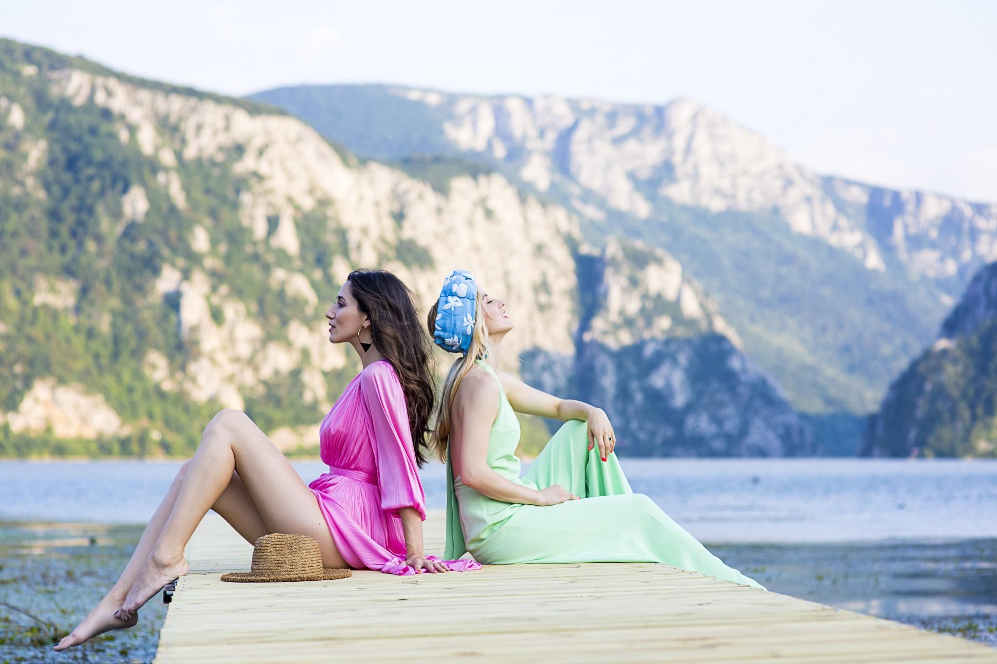 6Romanian_Holiday_Fabulous_Muses_Czanele_Dunarii_La_Vella