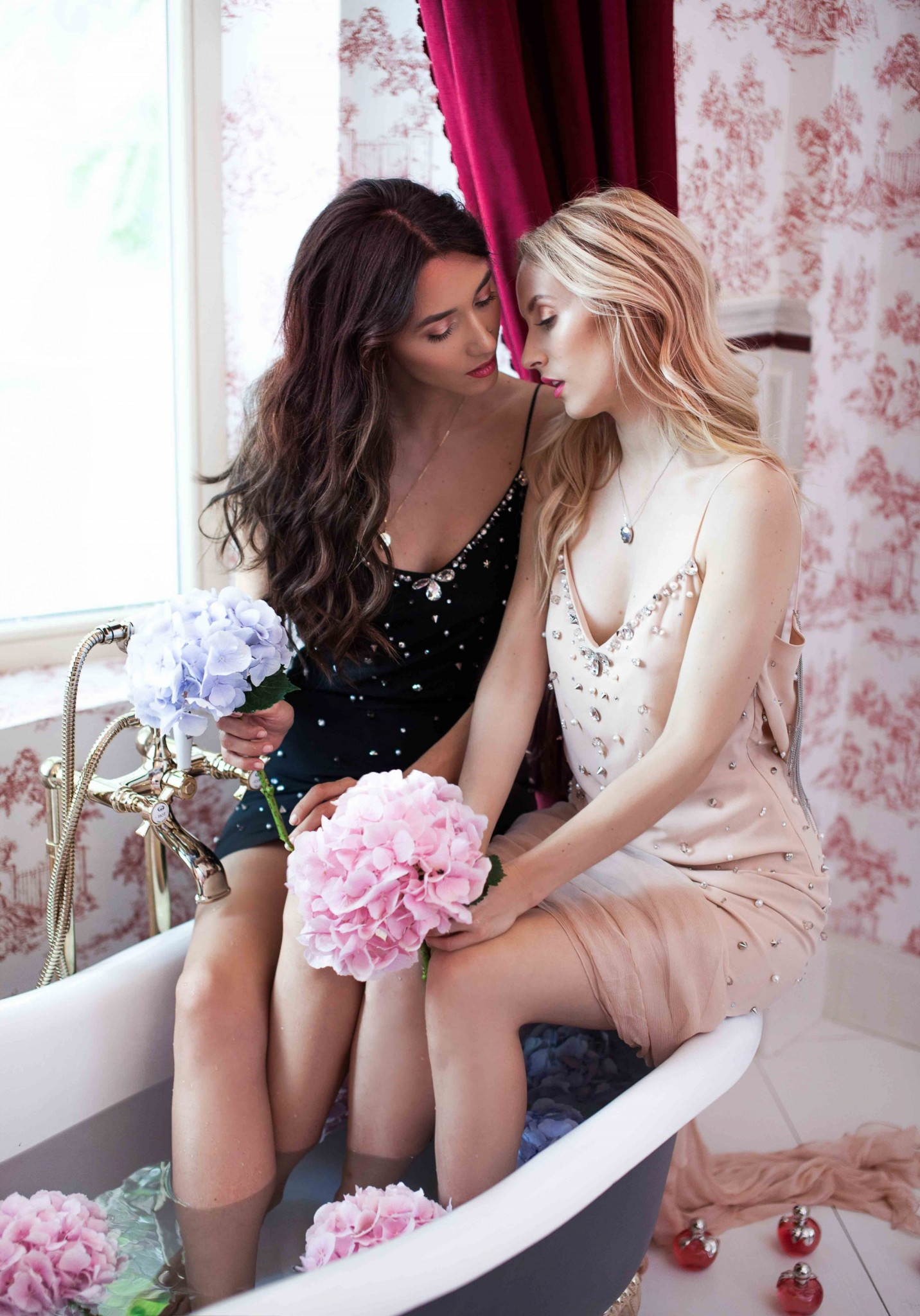 4nina_ricci_fragrances_luna_fabulous_muses_noblesse