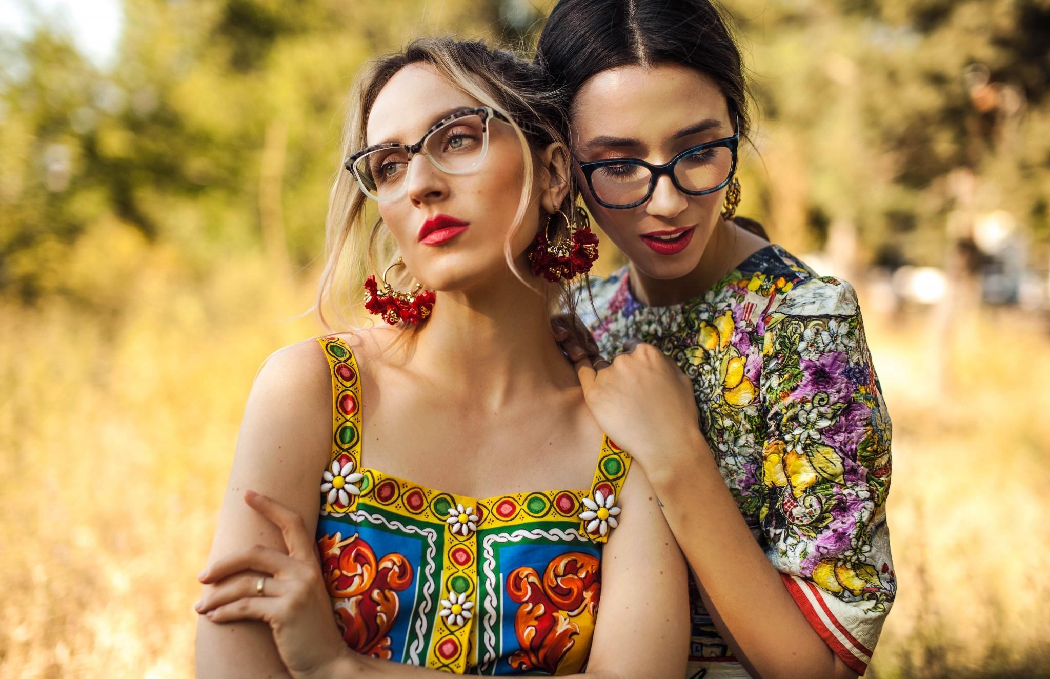 7dolce_gabbana_eyeglasses_fabulous_muses_diana_enciu_alina_tanasa