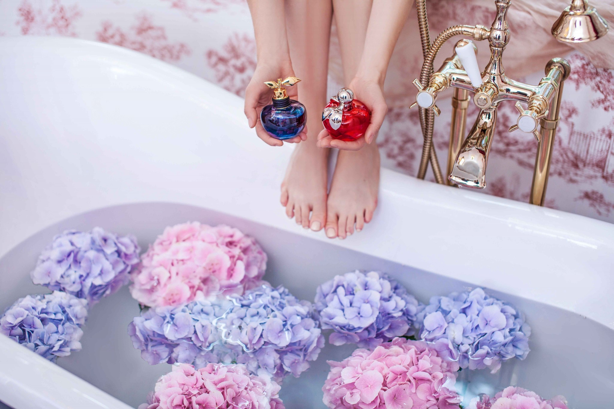 8nina_ricci_fragrances_luna_fabulous_muses_noblesse