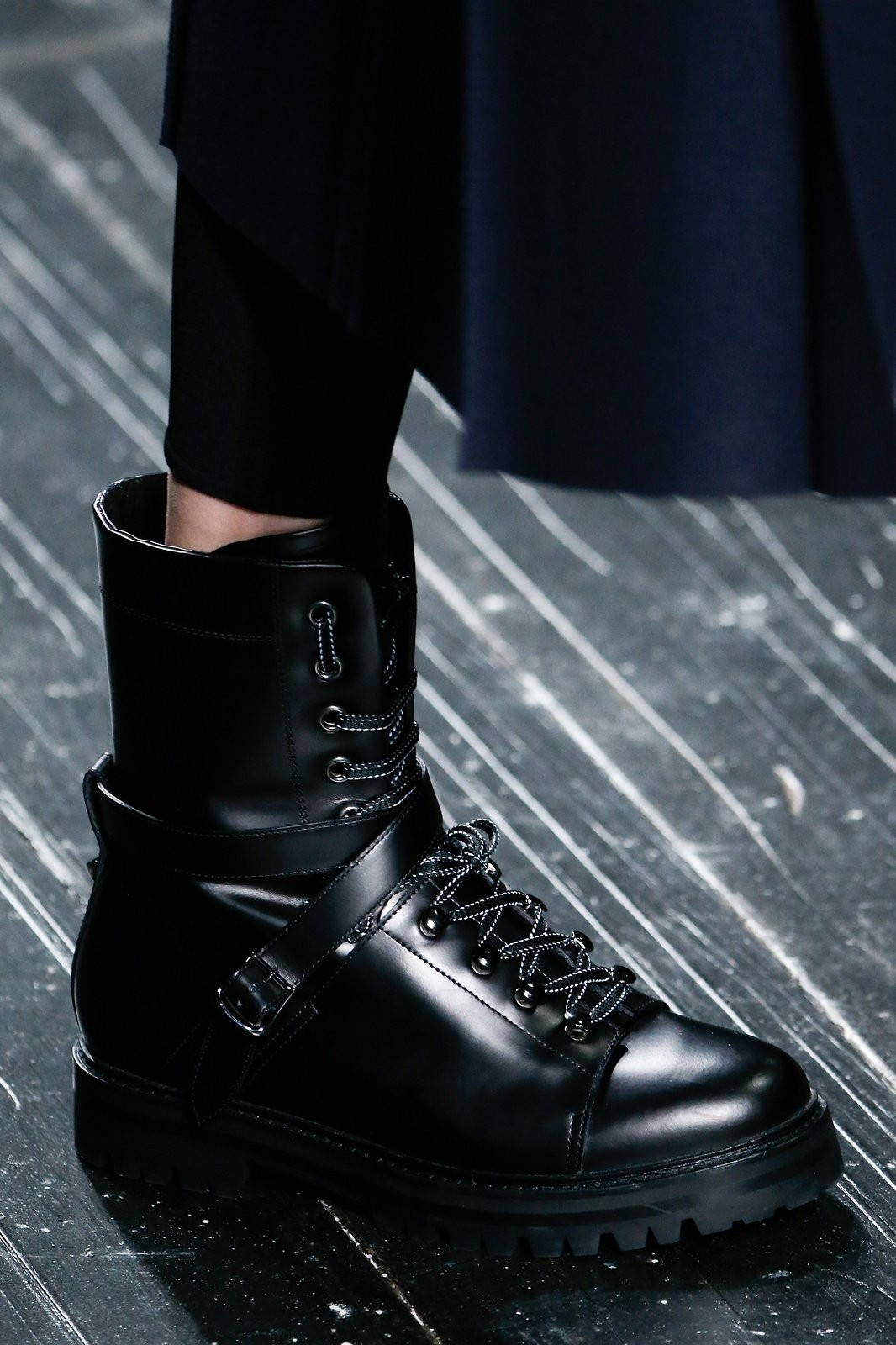 fabulous_muses_boots_with_laces_louis_vuitton_fw2016