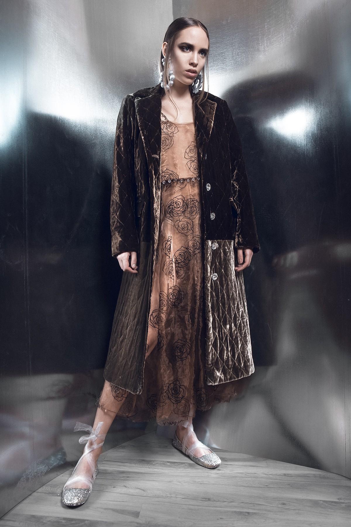 emesebako_best_romaniandesigner__fabulous_muses_fashion_icon_interview-5