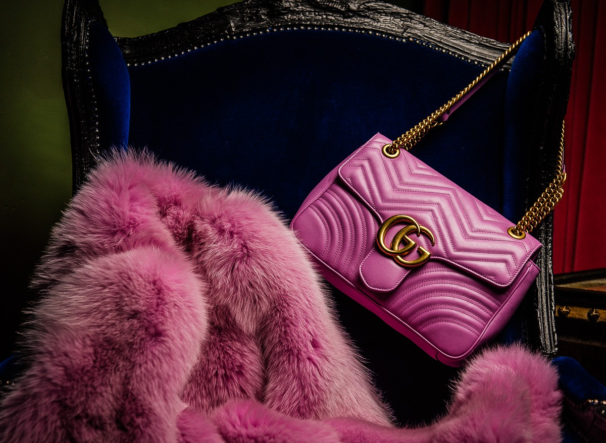 gucci-pink-gg-marmont-matelasse-shoulder-bag_10-bags-to-wear-this-season-fw-2016-fabulous-muses