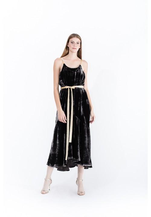 2-spaghetti-strap-dress-afmf-20-de-idei-de-rochii-pentru-craciun-fabulous-muses