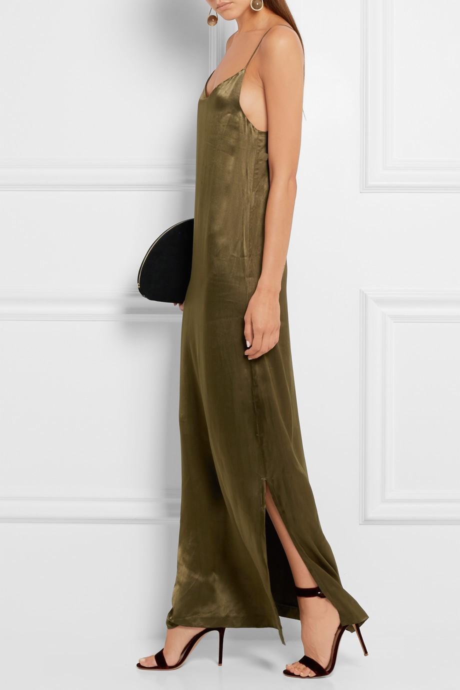 8-rochie-din-satin-ganni-netaporter-20-de-idei-de-rochii-pentru-craciun-fabulous-muses
