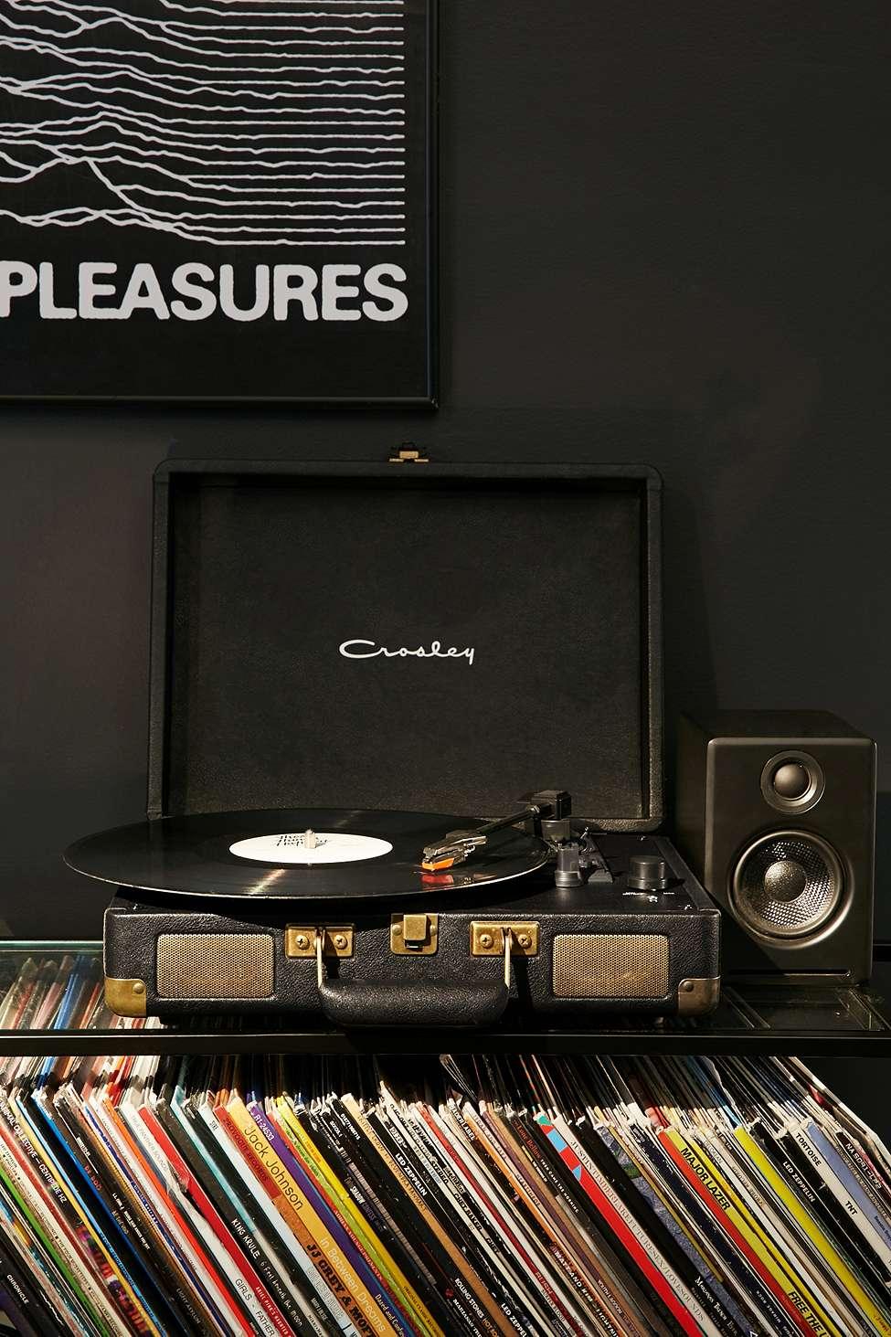 player_de_vinyluri_50_de_idei_de_cadouri_de_craciun_fabulous_muses