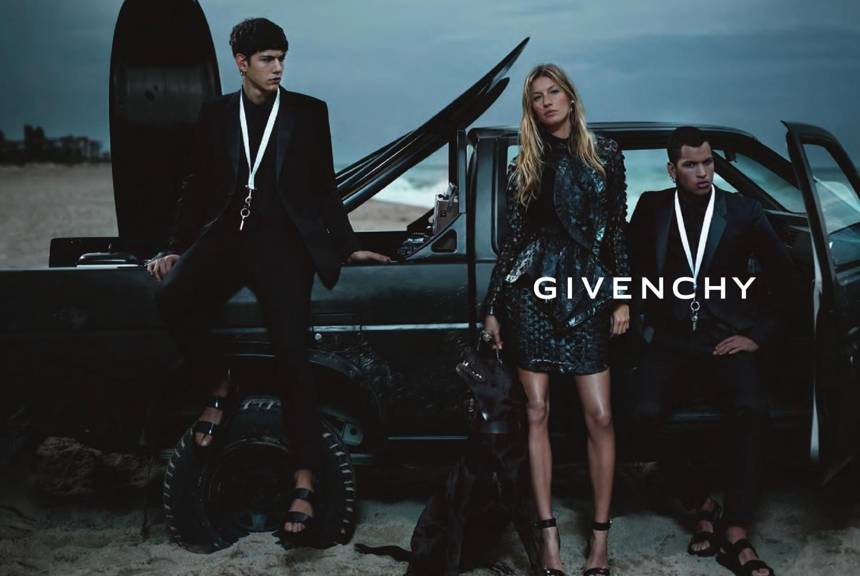 Givenchy6_Riccardo_Tisci_Fabulous_Muses