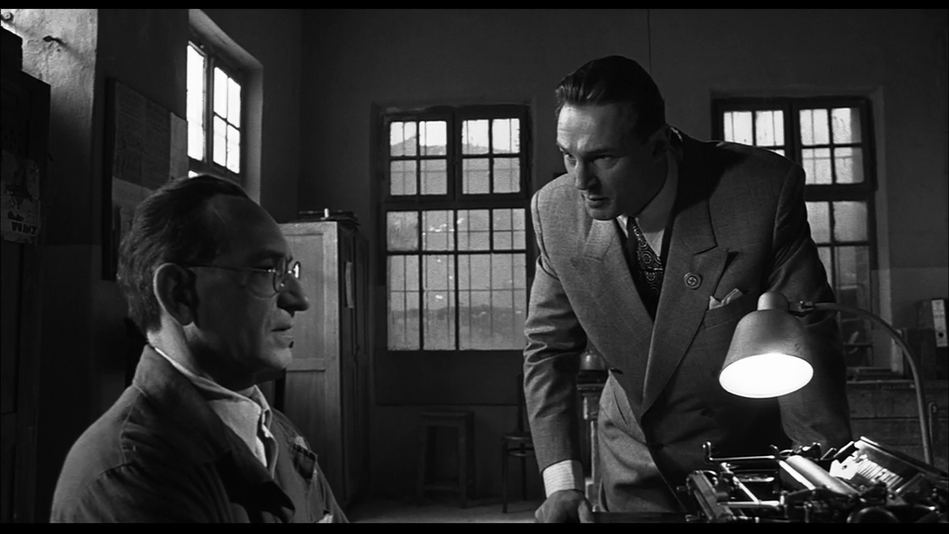 Schindlers_List_filme_istorice3_Fabulous_Muses
