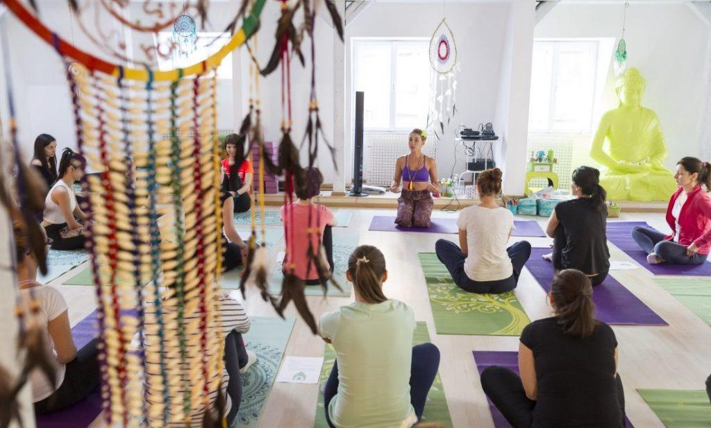 Meditatie si yoga in Bucuresti - Sunt un copac - Fab Muses