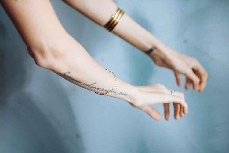 cum_sa_indepartezi_un_tatuaj_fabulous_muses_Diana_Enciu_ALina__Tanasa