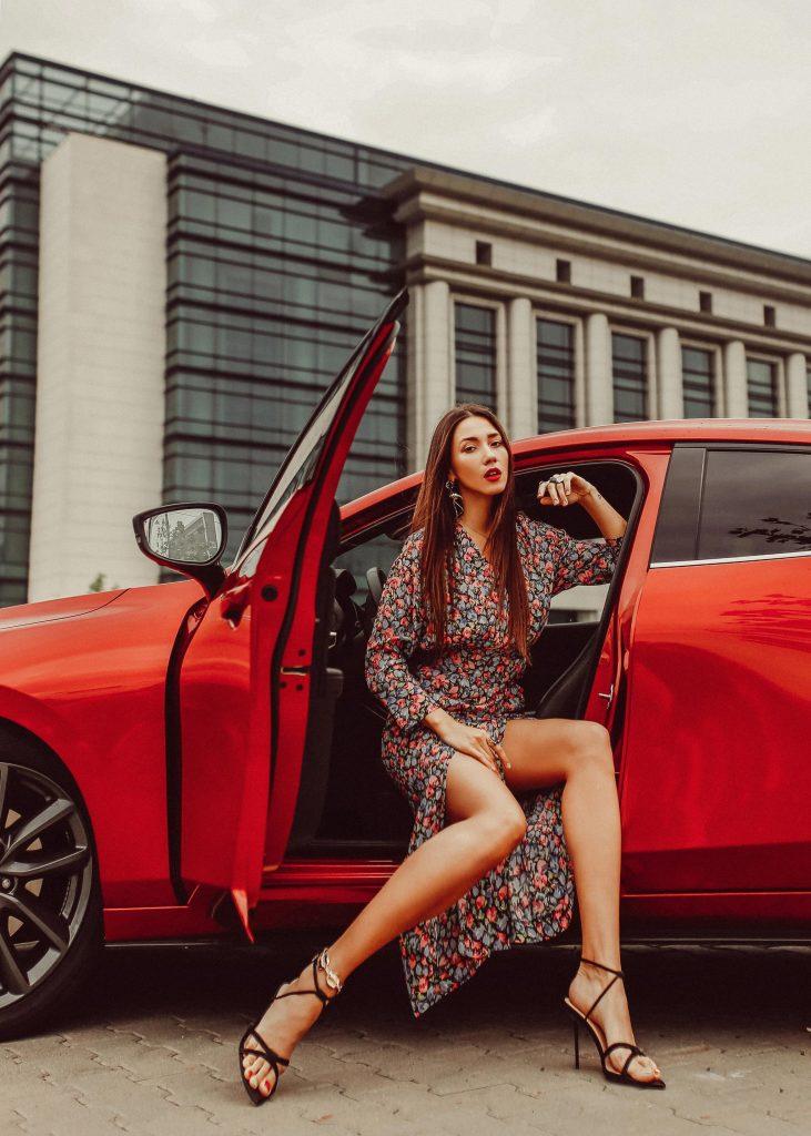 Noua Mazda3_Fabulous_Muses_DianaEnciu_AlinaTanasa
